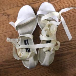 Nina Rylee cream tie up heels